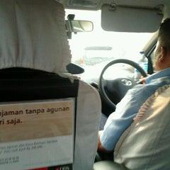 Photo taken at Taksi Express by Amresy B. on 4/21/2012