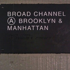 Photo taken at MTA Subway - Broad Channel (A/S) by Tarik E. on 7/11/2012