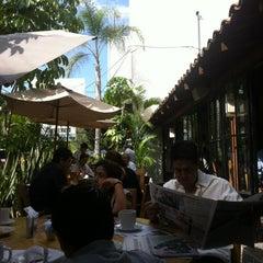 Photo taken at Jardín Cafeto by Javier R. on 8/12/2012