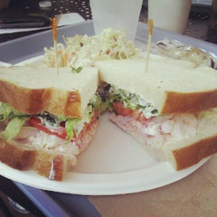 Photo taken at Pelly's Cafe & Fish Market by Joel L. on 8/15/2012