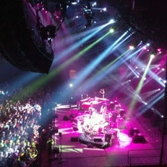 Photo taken at Bill Graham Civic Auditorium by Matthew R. on 8/19/2012