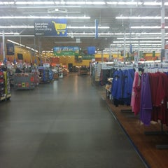 Photo taken at Walmart Supercenter by falisha y. on 2/20/2012