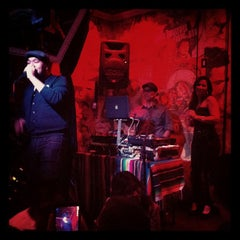 Photo taken at Eastside Luv Wine Bar y QueSo by Andres C. on 6/8/2012