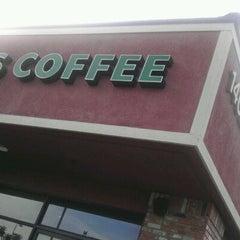 Photo taken at Starbucks by Steve E. on 4/4/2012