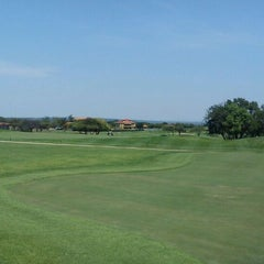 Photo taken at Pebble Rock Golf Course by Albertus W. on 12/21/2011