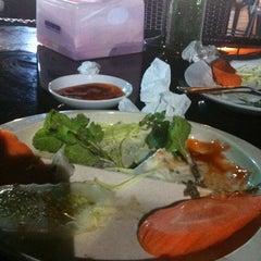 Photo taken at Sawarabina Cafe by Hasrul F. on 10/8/2011