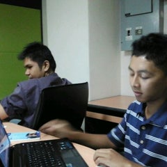 Photo taken at Faculty of Mechanical Engineering (UiTM) by salim j. on 10/4/2011