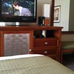 Photo taken at Holiday Inn Columbia East-Jessup by Pamela L. on 5/19/2012