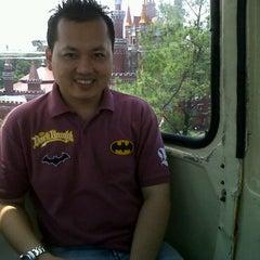 Photo taken at Cafe Dapur Kite (Taman Segi 3) by Erik W. on 2/15/2011