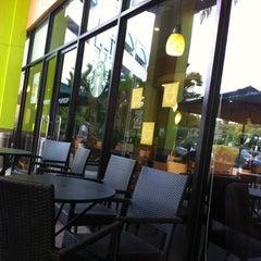 Photo taken at Starbucks by Karnee N. on 8/11/2012
