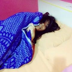 Photo taken at ตายายใจดี @เกาะล้าน by Pimchaya K. on 5/26/2012