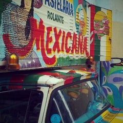 Photo taken at Pastelaria Mexicana by ☞ Mario S. on 11/17/2011