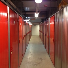 Photo taken at City Selfstorage by Andreas E. on 7/25/2012