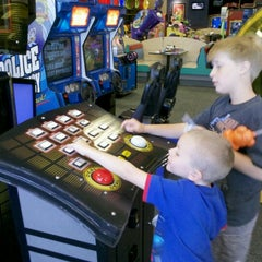 Photo taken at Chuck E. Cheese's by Stacey B. on 6/16/2012