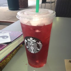 Photo taken at Starbucks by Wajeeha on 9/3/2012