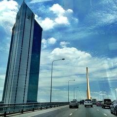 Photo taken at สะพานพระราม 9 (Rama IX Bridge) by Wisanoo K. on 7/11/2012