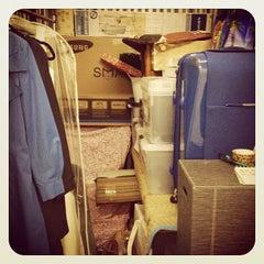 Photo taken at Manhattan Mini Storage by In NYC on 4/7/2012