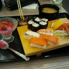 Photo taken at Octopus Sushi Bar & Thai by mhb151186 M. on 10/1/2011