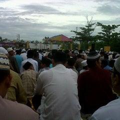 Photo taken at Mesjid Nurul Islam (KPR1 Perawang, Riau) by ferdian t. on 11/6/2011
