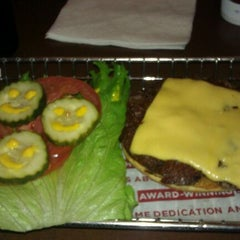Photo taken at Smashburger by Leticia G. on 4/2/2012