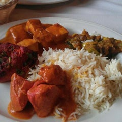 Photo taken at Mausam Indian Restaurant by Helen A. on 4/22/2012