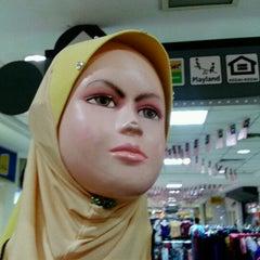 Photo taken at Giant Hypermarket by Kassim b. on 9/10/2011