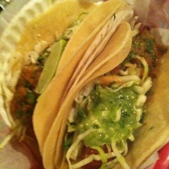 Photo taken at Taqueria Downtown by Lucy L. on 9/17/2011