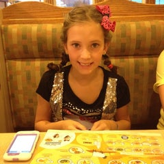 Photo taken at Bob Evans Restaurant by Janice on 9/5/2012