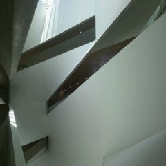 Photo taken at Tel Aviv Museum of Art by Nelson L. on 7/17/2012