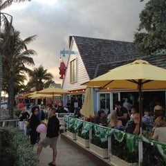 Photo taken at Aruba Beach Cafe by Lu A. on 3/13/2012
