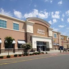 Photo taken at Walmart Supercenter by Vanessa on 7/29/2012