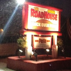 Photo taken at Roadhouse Brick Oven Pizza by Moira A. on 1/19/2012