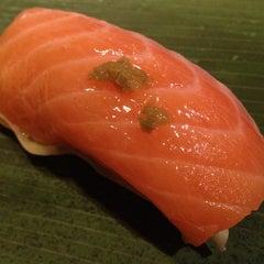 Photo taken at ICHI Sushi by Yina M. on 11/27/2011