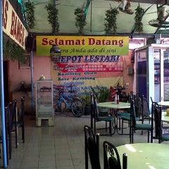 Photo taken at Depot Lestari by Priambodo B. on 6/29/2012