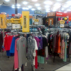 Photo taken at Sports Authority by Pablo A. on 8/31/2012