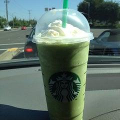 Photo taken at Starbucks by Joe Y. on 6/19/2012