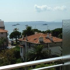 Photo taken at Hotel Helios by Yu® Y. on 8/23/2012