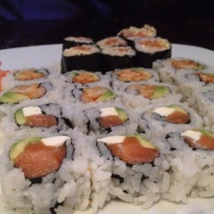 Photo taken at Sushi on McKinney by Elysa E. on 6/4/2012