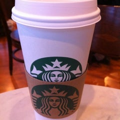 Photo taken at Starbucks by Edwin L. on 4/26/2012
