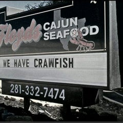 Photo taken at Floyd's Cajun Seafood by Tiffany J. on 1/28/2012