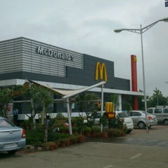 Photo taken at McDonalds - Drive Thru by Madhav K. on 8/19/2012