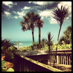 Photo taken at The Ritz-Carlton Resorts of Naples by Will K. on 3/23/2012