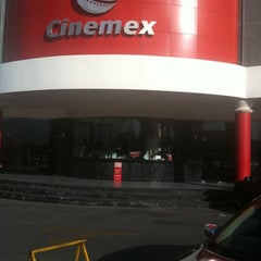 Photo taken at Cinemex by Gil O. on 8/17/2011