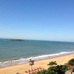 Photo taken at Praia de Itaparica by Dirceu B. on 7/22/2012