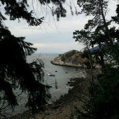 Photo taken at Whytecliff Park by Ji-Taek P. on 8/6/2012