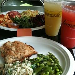 Photo taken at Lemonade Venice by Monica S. on 9/17/2011