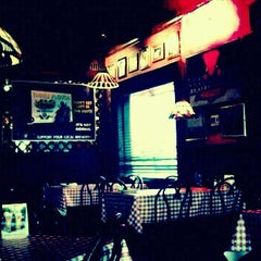 Photo taken at Gino's East by Ana on 7/21/2011