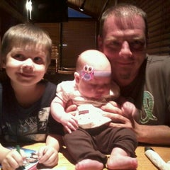 Photo taken at Applebee's by Becky B. on 8/17/2011