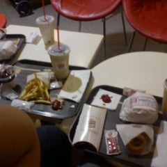 Photo taken at Burger King by Chelzee P. on 12/12/2011