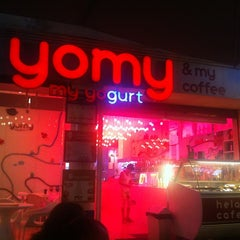 Photo taken at Yomy by Enrique S. on 7/24/2011